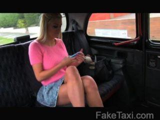 Faketaxi - Heiße Blondine Kennt Alle Züge