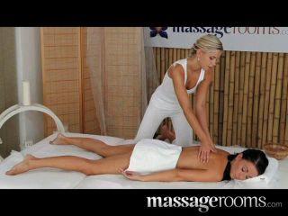 Massagerooms - Schmutzige Lesbische Mädchen Cum