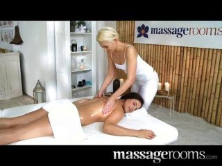 Massageräume - Nette Junge Lesben Hat Orgasmus