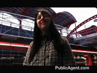 Publicagent - Männlich Kameramann Füllt Ihre Muschi