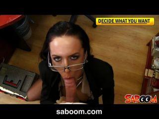 Vollbusigen Sekretärin Wird Im Büro Gefickt