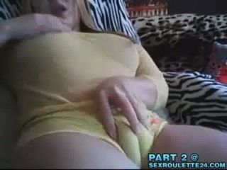 Hot Sexy Teen Neckt Mit Ihrem Sexy Cameltoe