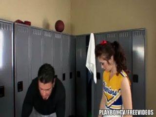 Flexible Cheerleader Protzt