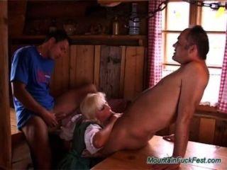 Deutsch Heidi Liebt Rau Dp