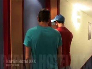 Homosexuell Ringen Auf Fightplace - Berlin Hotel Xxx