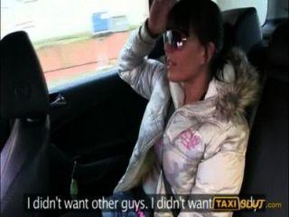 Kinky Amateur Küken Kristyna Für Eine Kostenlose Taxifahrt Gefickt