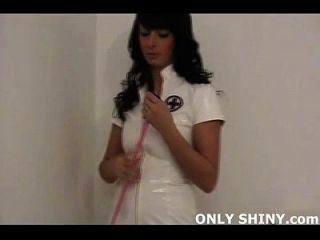 Naughty Pvc Nurse Rebecca Necken Deinen Schwanz