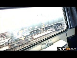 Fucking Mädchen Im Zug Für Bargeld Mea Melone 1