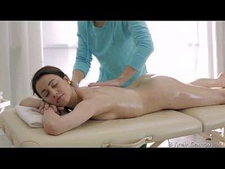 18 Jungfrau Sex 18 Jahre Altes Alina