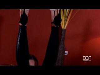 Natürlich Busty Glamour Babe Patty Michova Macht Fußfetisch