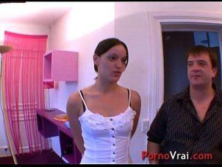 Elle Se Masturbe Et Se Fait Jouir Heftig Avant De Baiser !! Französischer Amateur