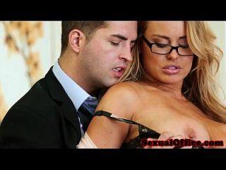 Büro Sekretärin Bekommt Sperma Auf Titten