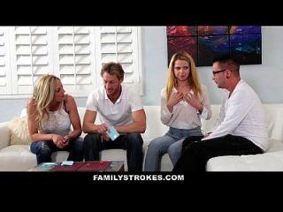 Familystrokes Familie Spiel Night Orgy