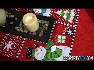 Propertysex Busty Immobilienmakler Arbeitet Hart Für Urlaub Weihnachten Bonus