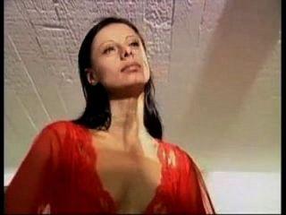 Olivia De Treville Im Roten Kleid Gezwungen Anal Und Blowjob