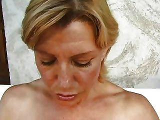 Colette Sigma Reife Blondine Faust Anal In Auto Troia Nimmt Harten Schwanz In Den Arsch Den Ganzen Weg Titten