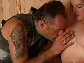 Alter Mann Bekommt Mit Vollbusige Teenager Glücklich