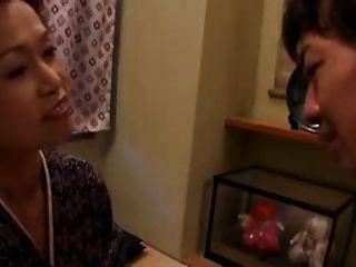 Japanische Oma Liebt Tabu Sex (unzensierte)