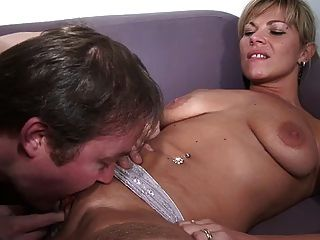 Blonde Französisch Mom Casting