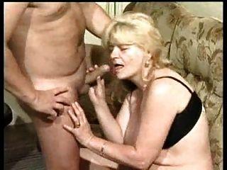 Deutsch Oma Grete Bekommt Gute Hahn