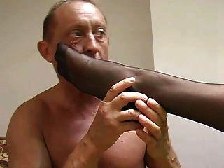 Domina Nylon Fußanbetung Arsch Lecken Menschlichen Aschenbecher Spucken