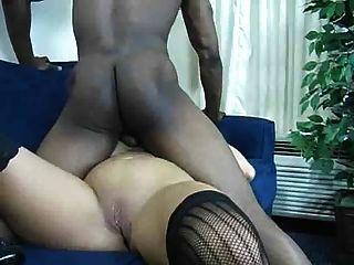 Sehr Sexy Reife Dame, Die Sex Mit Einem Bbc Und Cum