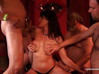 Sperma-studio: Cumshots + Fisting - Leonie - Teil 1 + 2