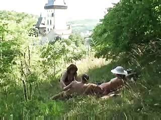 Alte Paar Fickt Jungen Reifen In Der Natur Von Snahbrandy