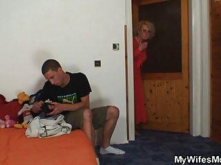 Alter Sack Erpresst Eidam Sex Und Frau Fängt Sie