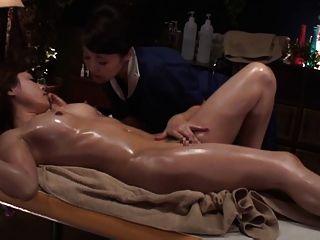 Lesbisch-Öl-massage Luxus Verheiratet Tamaki