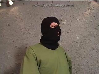 Militär Hazing Elektro Folter