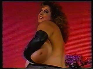 Susie & Ihr Tit Lickfest