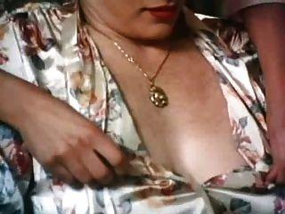 Lisa De Leeuw - Lez Kurze Affäre