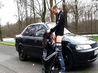 Deutsch Latex Hündin (dirty Talk Outdoor-sex)
