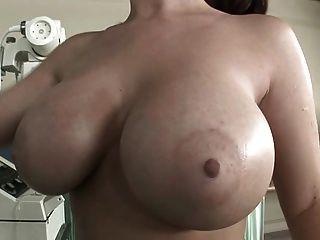 Sophie Dee - Krankenschwester