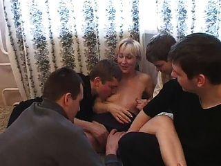 Lucia Fickt Eine Menge (4 Jungs 1 Mädchen)