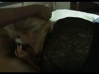Reife Frau Gefickt In Strumpfhose Eine Bbc (hahnrei)