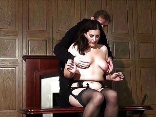 Milf Bekommt Orgasmen Durch Folter 1 Von 2