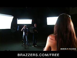 Brazzers - Big-natural-tit Melina Maurer Fickt Tv Direktor