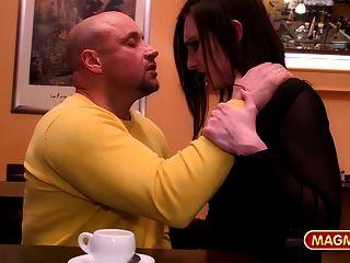 Magma Film öffentlich Verdammt Deutsch Babe Im Restaurant