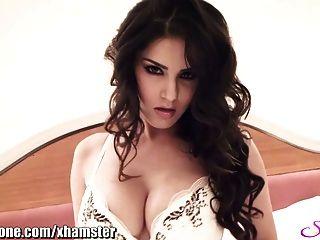 Sunny Leone Und Ihr Enger Arsch