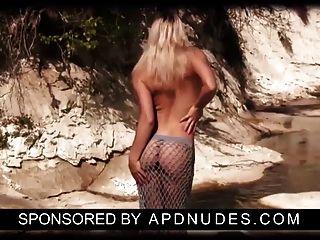 Laura Von Apdnudes.com