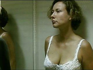 Deutsch Schauspielerin Entfernt Ihren Bh