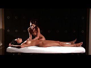 Liebend Lesbische Massage