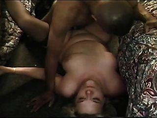 Ältere Frau In Motel