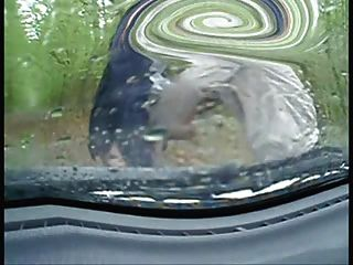 Wichsen In Meinem Auto An Einem Regnerischen Tag