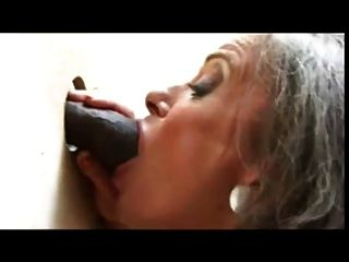 Glory Hole Oma & Bbc