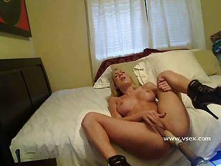 Blonde Pornostar Amy Brooke Live-sex-maschine