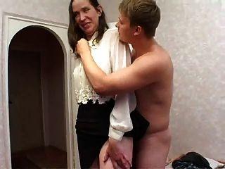Gefickt Und Sperma Im Gesicht Hässlich Nachbar!