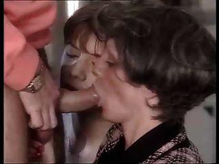 Anal + Faust (double Penetration) Für Französisch Oma